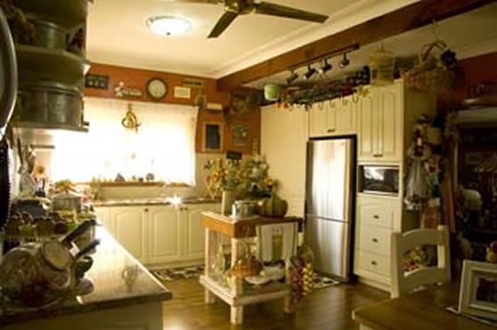 Kitchen4_001.jpg