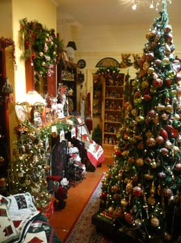 English Christmas Room
