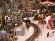 ChristmasVillage043.jpg
