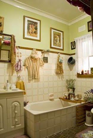 Bathroom2_000.jpg